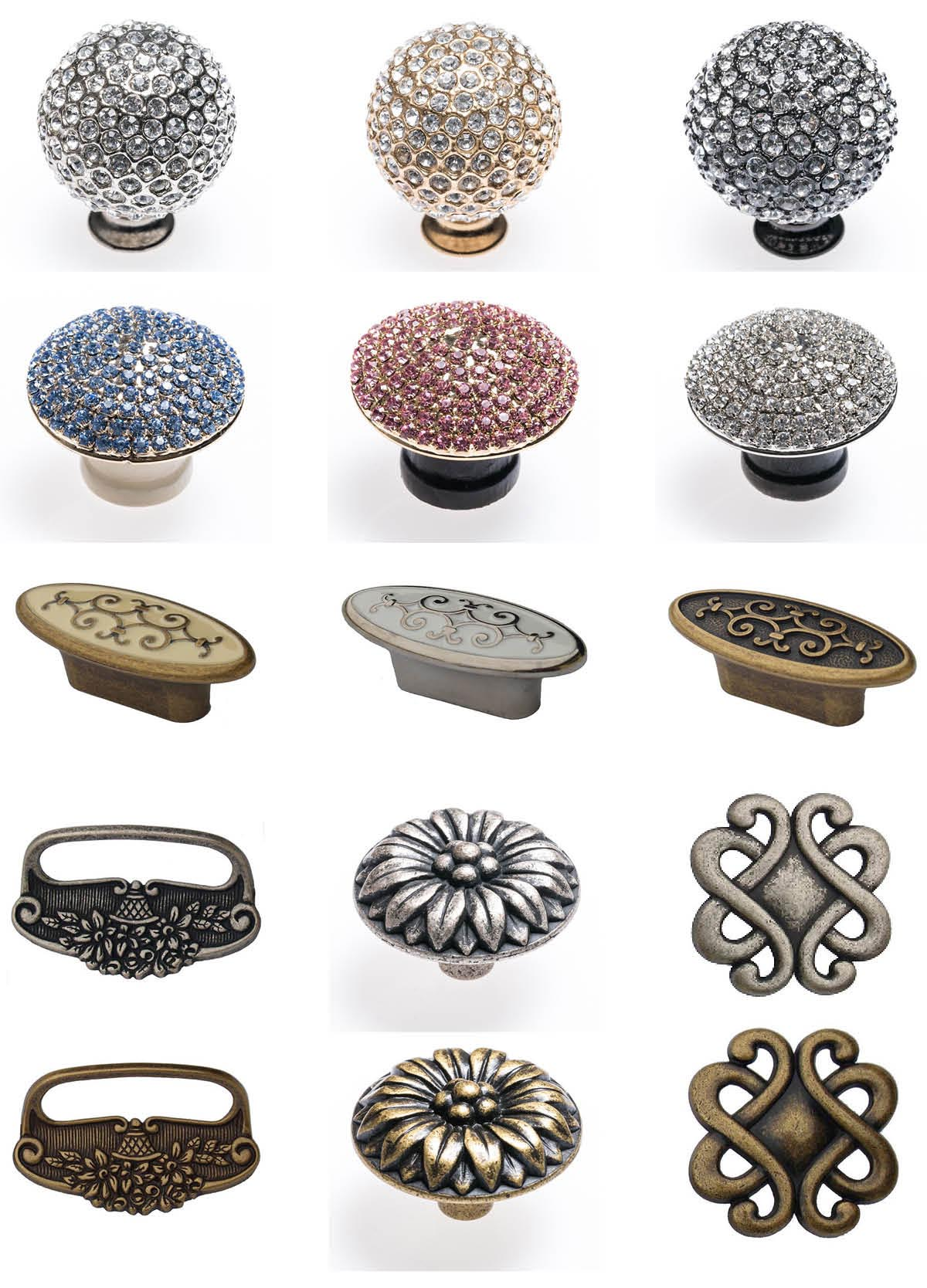 knobs and decorative accessories