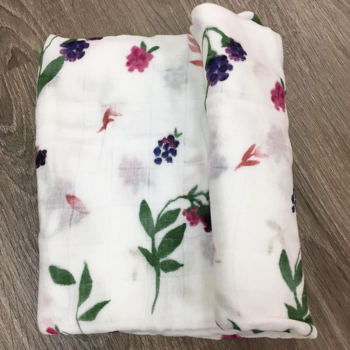 Picture of Deluxe Bamboo Muslin Swaddle Single - Berry Patch by Little Unicorn