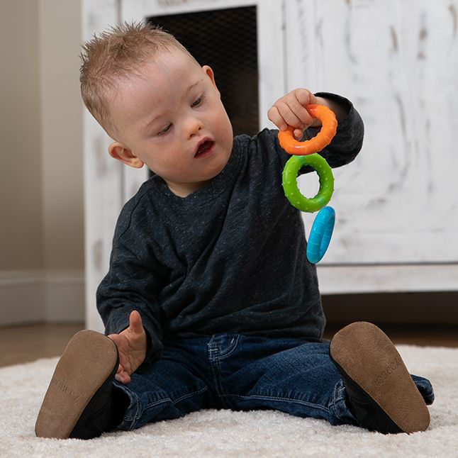Picture of Silly Rings - Magnetic Grasp and Teething Toy - by Fat Brain Toys